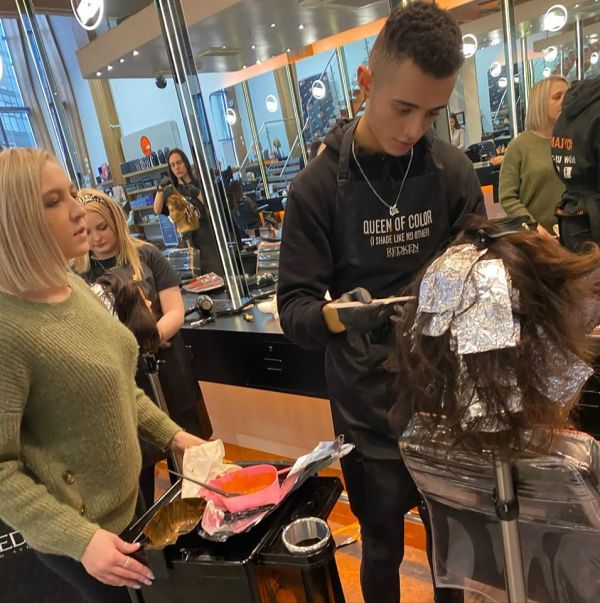 FREE Haircuts Wigs and Warpaint Top Salon in Sheffield